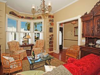 Cozy Santa Barbara House rental with Internet Access - Santa Barbara vacation rentals