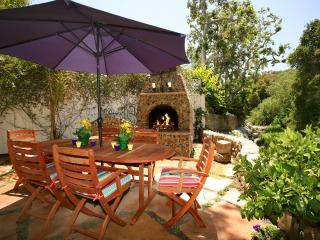 Cozy 1 bedroom Montecito House with Deck - Montecito vacation rentals