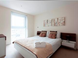 The Bezier 01 Bedroom Apartment - London vacation rentals