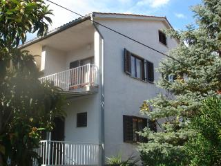 Apartment for 6 people, SimunecM - Malinska vacation rentals
