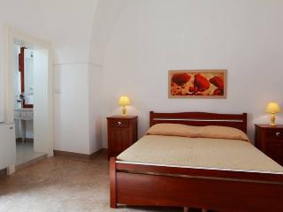 Casa Portaccio, Sei posti nel Centro Storico - Gallipoli a pochi chilometri - Taviano vacation rentals