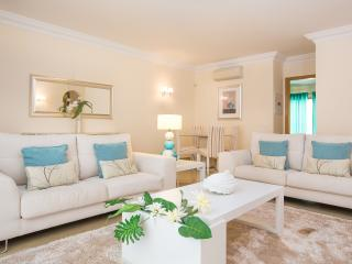 Holiday Rental Lakeside Country Club Quinta doLago - Quinta do Lago vacation rentals