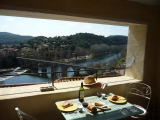 2 bedroom House with Internet Access in Roquebrun - Roquebrun vacation rentals