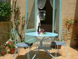 Delightful and Affordable Studio-Apartment - Ille-sur-Tet vacation rentals