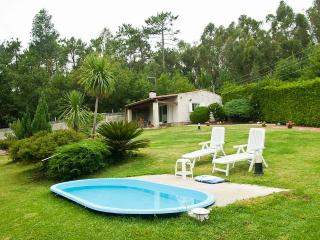 Beautiful House with Garden and Iron - Santa Uxia de Ribeira vacation rentals