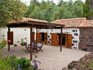2 bedroom House with A/C in Grand Canary - Grand Canary vacation rentals