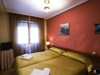 Cozy 3 bedroom Vacation Rental in Navarra - Navarra vacation rentals