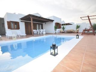Charming 3 bedroom Villa in Playa Blanca - Playa Blanca vacation rentals