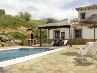 Charming House with Washing Machine and Television - Lake Vinuela vacation rentals