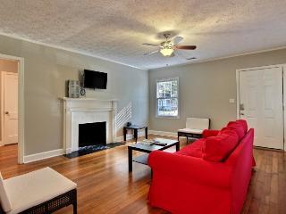 Executive 2 BR / 1 BA Savannah Home - Georgia Coast vacation rentals