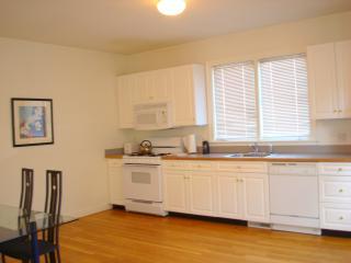 1 bedroom Apartment with Internet Access in Cambridge - Cambridge vacation rentals