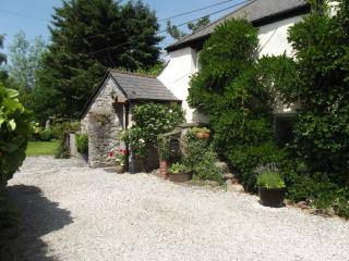 Charming Cottage with Internet Access and Television - Ashburton vacation rentals