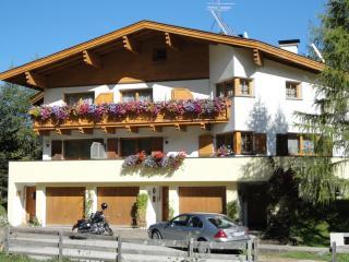 """Ferienhaus  Padrins - Wohnung """"Röthenspitze"""" - Obernberg am Brenner vacation rentals"""