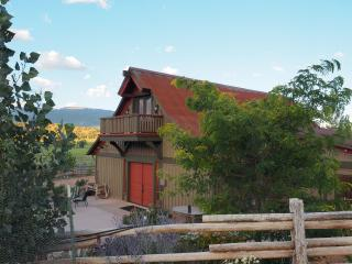 Perfect Cabin with Internet Access and Dishwasher - Capitol Reef National Park vacation rentals