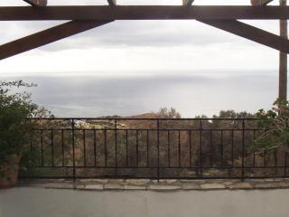 Lovely 3 bedroom Triopetra Villa with Internet Access - Triopetra vacation rentals