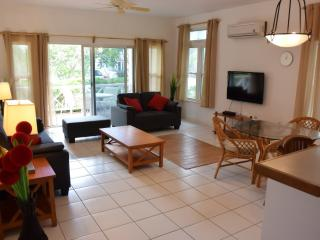 2 bedroom Condo with Internet Access in Frigate Bay - Frigate Bay vacation rentals