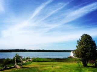 Memory Bay Cottage on Pike Bay, Bruce Peninsula - Red Bay vacation rentals