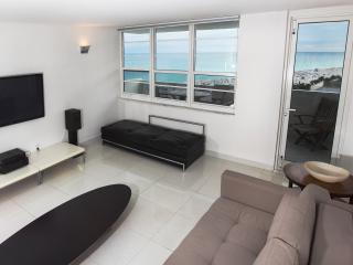 Miami South Beach  Ocean 1 BR Decoplage Lincoln Rd - Miami Beach vacation rentals