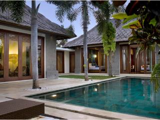 Mahagiri, Luxury 3 BR Villa, Central Sanur - Sanur vacation rentals