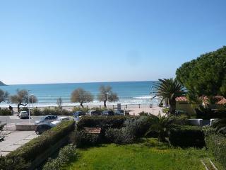 Les Trois A ~ RA28473 - Saint Cyr sur mer vacation rentals