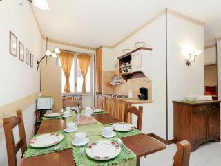 Apartment Marrucini 40 - Rome vacation rentals