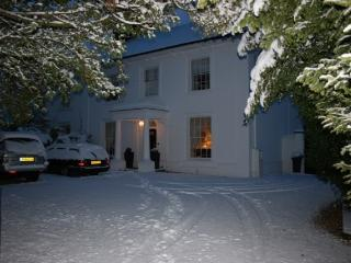Lovely Cottage with Internet Access and Satellite Or Cable TV - Tring vacation rentals