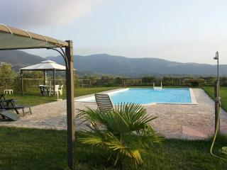 Casale Ferronio Le Rondini apartment - Ponticelli vacation rentals