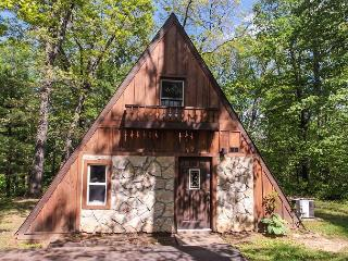 Romantic A Frame Cabin. - Ohio vacation rentals
