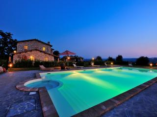 Apartment with swimming pool around Orvieto - Baschi vacation rentals