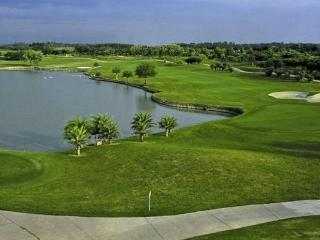 Château 501 - Golf Course View - Greater Noida vacation rentals