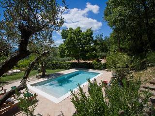 Wonderful 2 bedroom Acqualagna Condo with Internet Access - Acqualagna vacation rentals