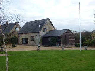 2 bedroom Cottage with Internet Access in Calbourne - Calbourne vacation rentals