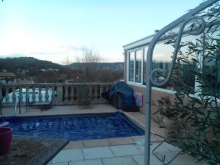 Villa en Provence prox mer et culture - Velaux vacation rentals