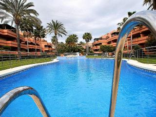 Puerto Banus luxury apartment - Puerto José Banús vacation rentals
