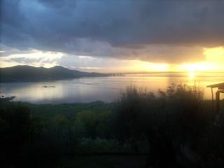 Lake Trasimeno San Savino Umbria/Tuscany FreeWi-Fi - San Savino vacation rentals