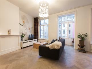 Beautiful 1 bedroom Condo in Amsterdam - Amsterdam vacation rentals