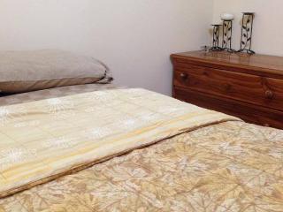Habitción Matrimonial, La Ideota Guest House - Salinas vacation rentals