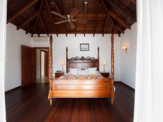 Perfect 3 bedroom Gouverneur Villa with Internet Access - Gouverneur vacation rentals