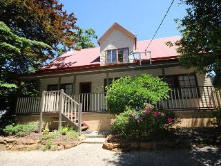 Kiah Cottage - Faulconbridge vacation rentals