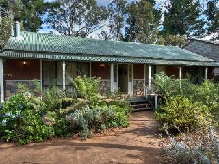 Camelot Cottage - Katoomba vacation rentals