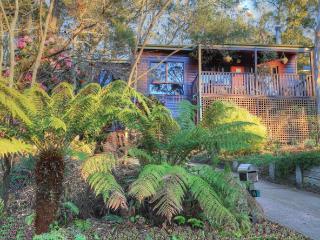 Glendell Cottage - Bowen Mountain vacation rentals