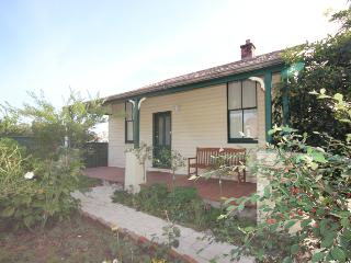 Lilac Cottage - Katoomba vacation rentals