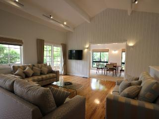 Lynwood - Blue Mountains vacation rentals