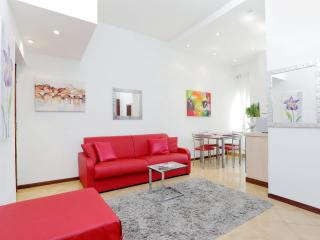Renovated Perfect Central Location - Rome vacation rentals