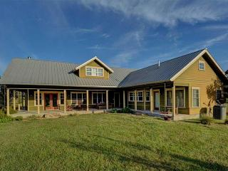Spacious, Secluded, and close to LakeFork - Winnsboro vacation rentals