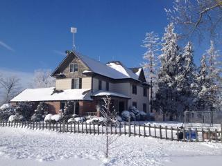Pine Creek Acres Farm Retreat - Pelham vacation rentals