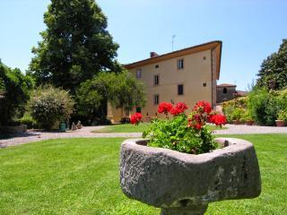 5 bedroom Villa in Crespina, Pisa And Surroundings, Tuscany, Italy : ref 2135125 - Crespina vacation rentals