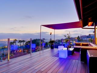 LUXURY HILLTOP RETREAT IN THE CITY; NO EXPENSE SPARED; UNFORGETTABLE VIEWS! - San Diego vacation rentals