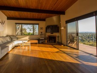 Hollywood Hills - Starry Eyed View - Lake Los Angeles vacation rentals