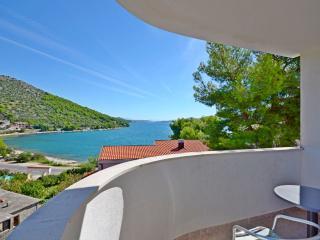 Apartments Jakov - 32601-A3 - Marina vacation rentals